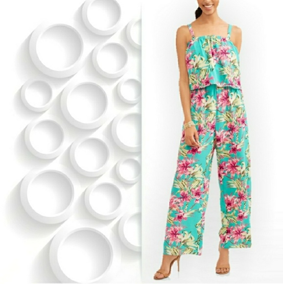 f4cd9dbfa921 🌹NWT Floral Jumpsuit Jumper Romper. NWT. Time and Tru